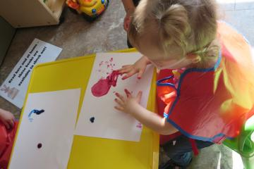 Fingerpainting Day in our Toddler Learning Centre program