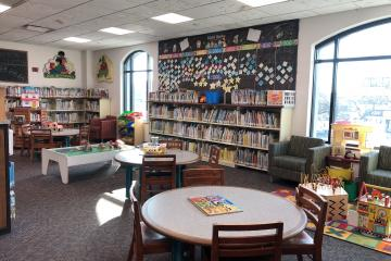 Picture book/play area